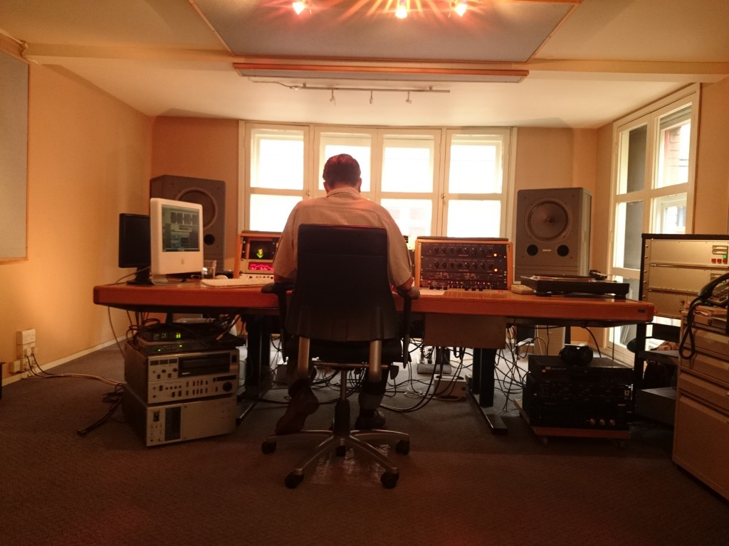 Simon Davey Cutting Emika LP